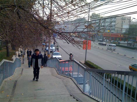 Dashanzi_wires4