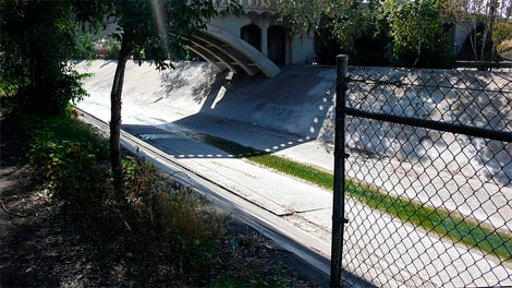 LARiver_greenwater