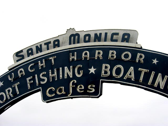 Sign above entrance to Santa Monica pier