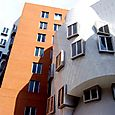 Stata, front, cascade