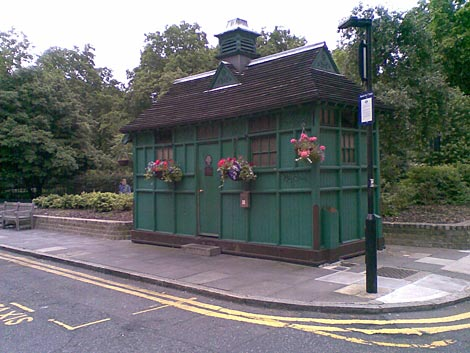Cabmans shelter Russell Square