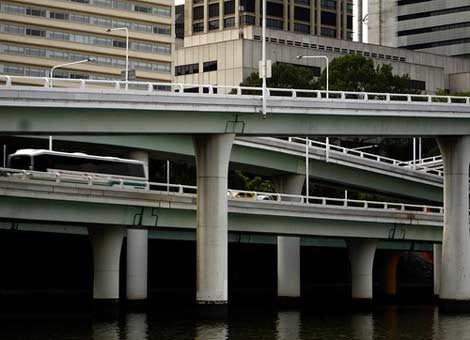 A face of modern Brisbane - the Riverside Expressway